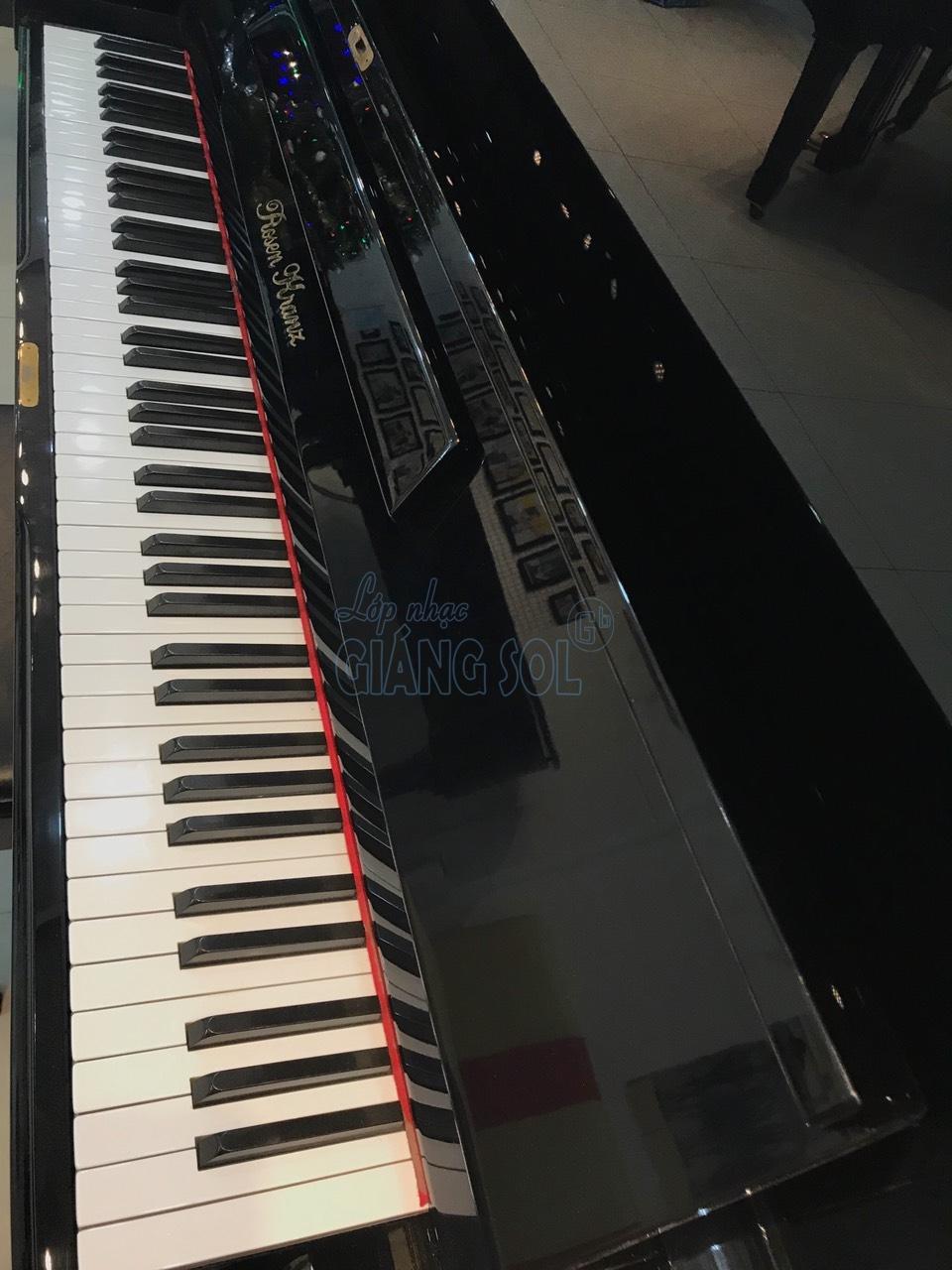 chọn cho bé đàn Piano hay điện, lớp dạy đàn Piano Quận 12