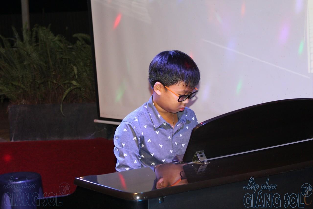 cách phát hiện sớm tài năng của trẻ, trung tâm âm nhạc Quận 12